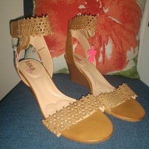 XOXO Soft Sandals